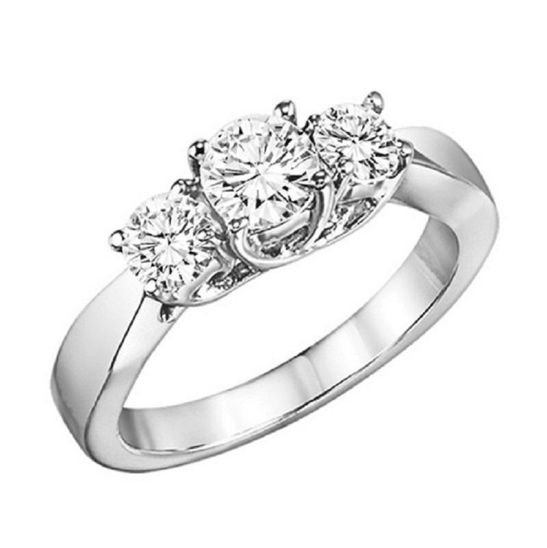 14K Diamond 3 Stone Band 1 1/2 ctw