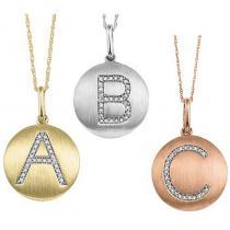 """10KP Diamond Initial Pendant """"E"""""""